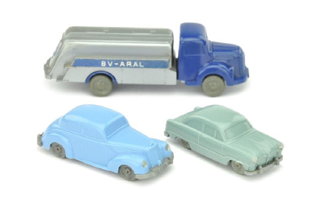 Konvolut 3 unverglaste Modelle