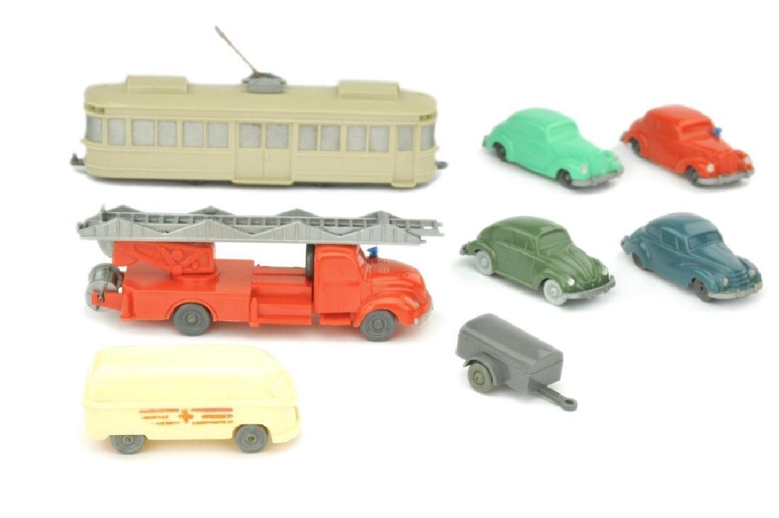 Konvolut 8 unverglaste Modelle