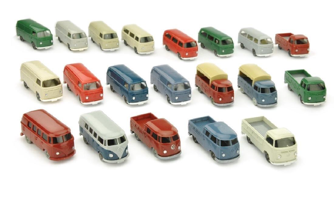 Konvolut 20 VW-Busse der 60er/70er Jahre
