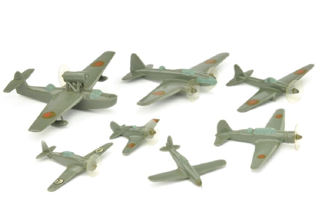 Konvolut 7 italienische/russische Flugzeuge