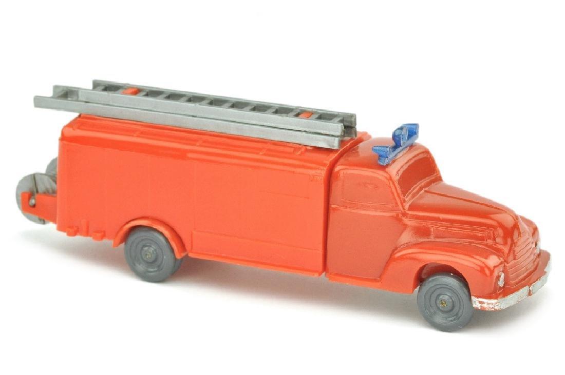 """Spritzenwagen Ford, """"glasig""""-rot/orangerot"""