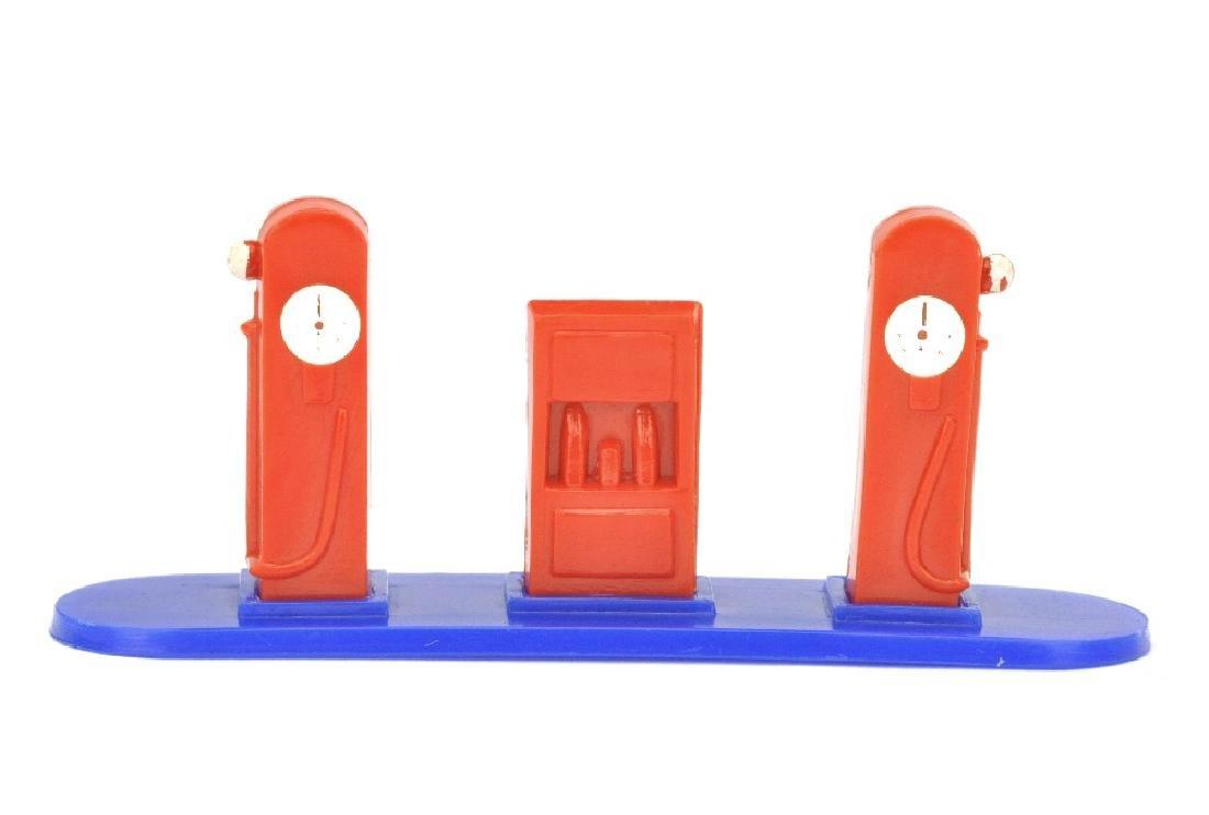 Kleine Tankstelle (Typ 2), orangerot/ultramarin
