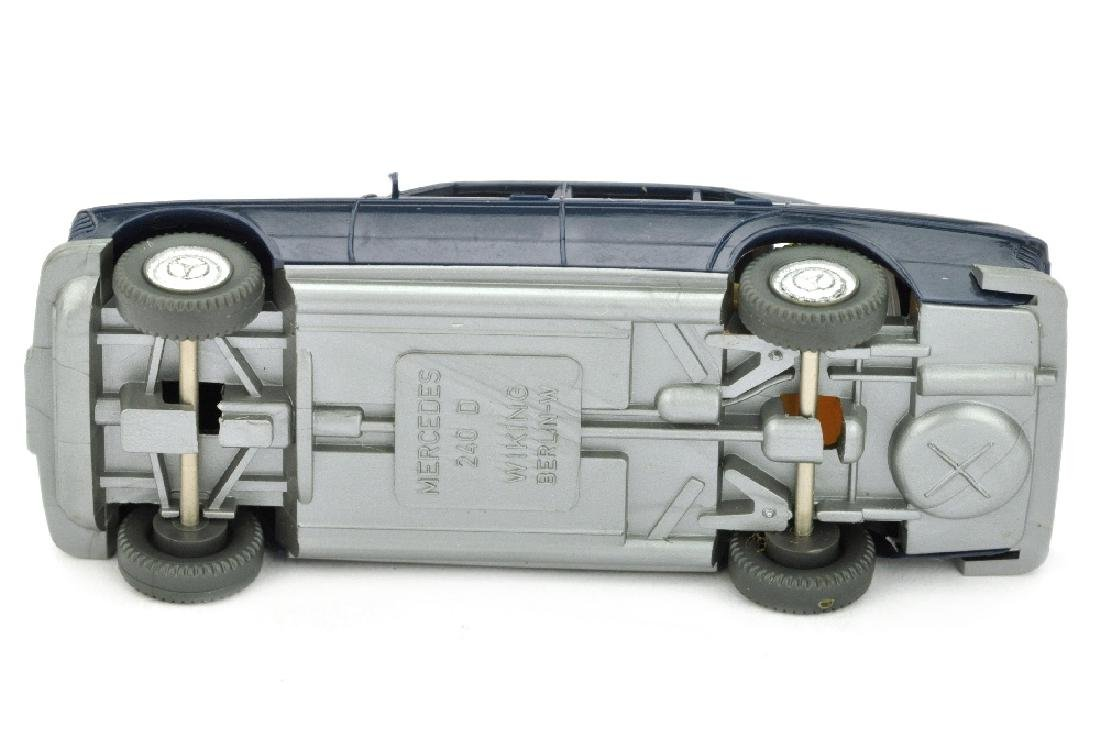 Mercedes 240 D, stahlblau - 3