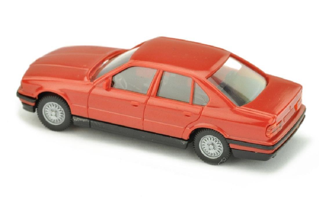 BMW 520i, rot - 2