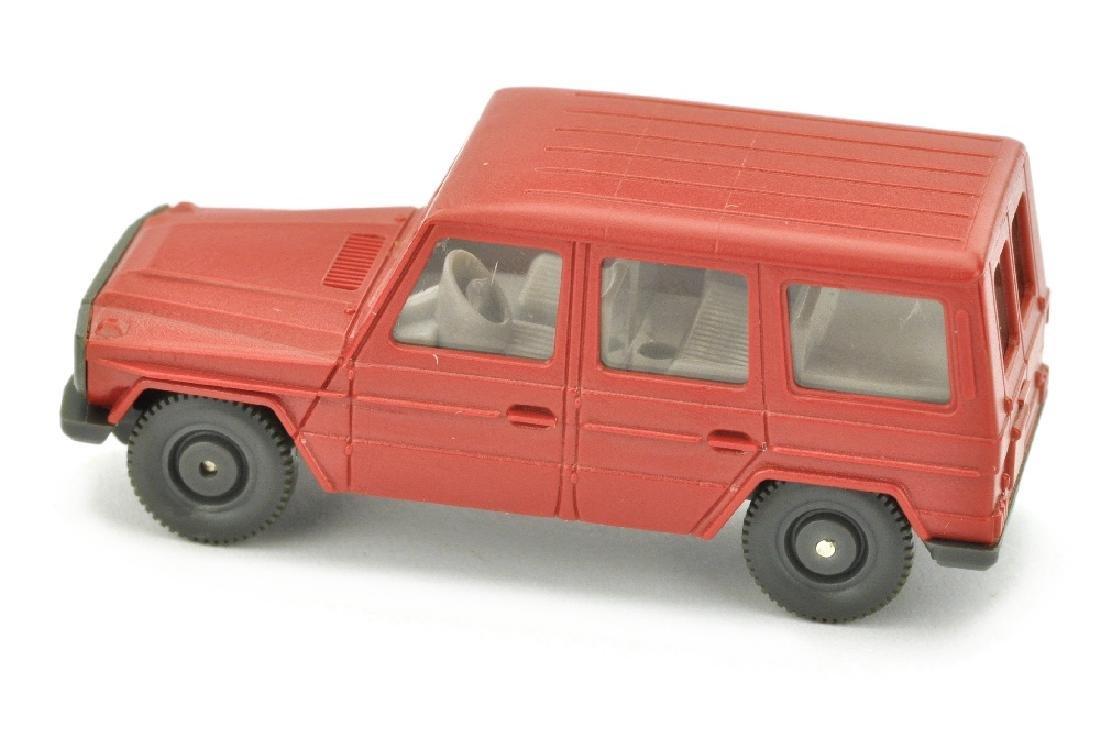 Mercedes 230 G, rubinrot - 2