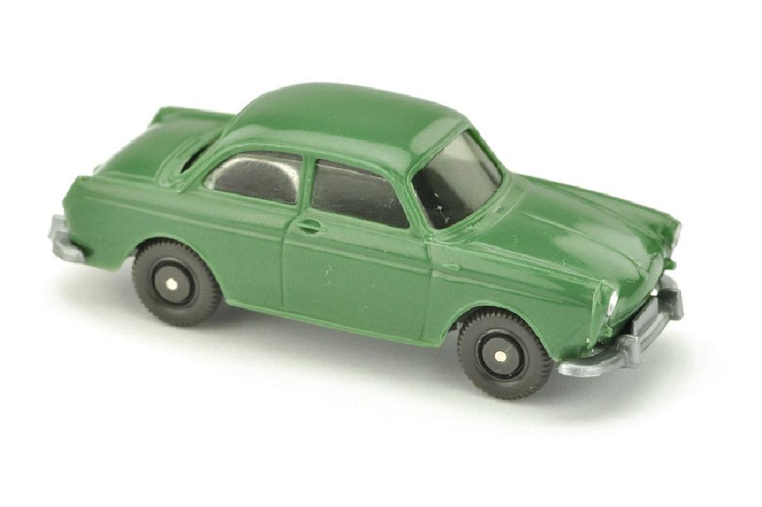 VW 1600 Stufenheck, diamantgruen (Version /2)