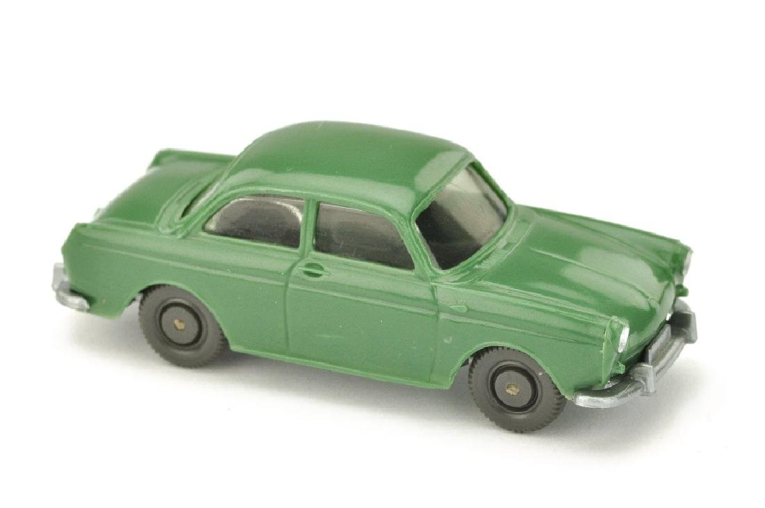 VW 1600 Stufenheck, diamantgruen (Version /2)