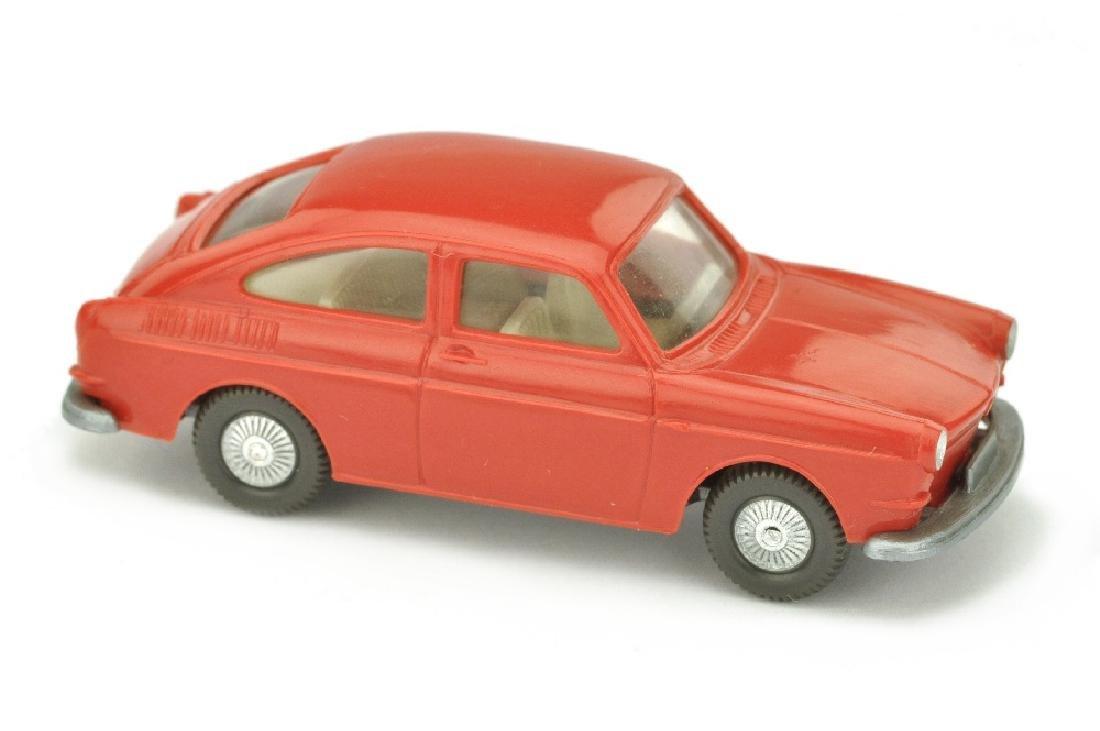 VW 1600 Fliessheck, rot