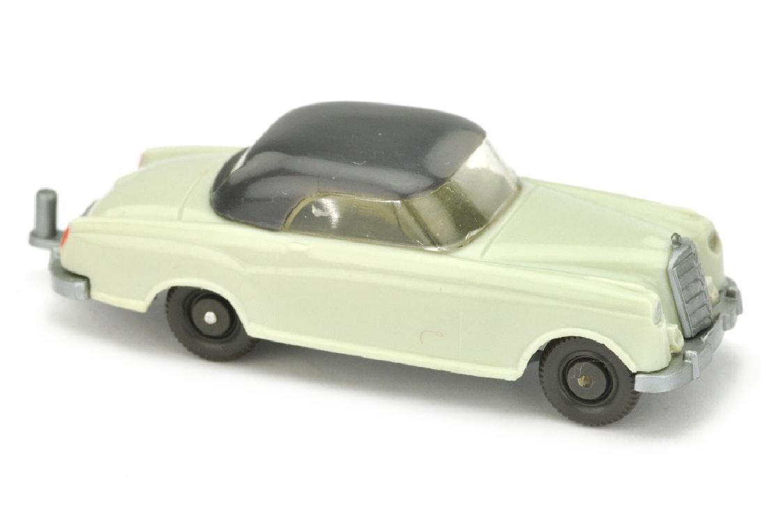Mercedes 220 Coupe, gruenlichbeige/anthrazit