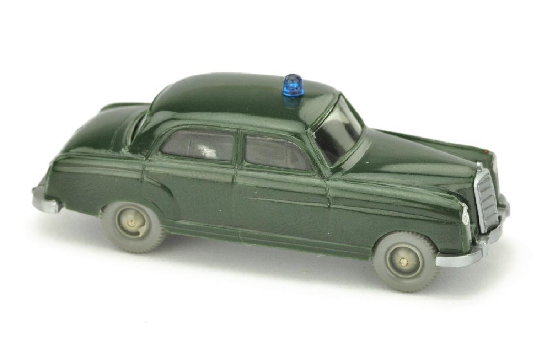 Polizeiwagen Mercedes 220, tannengruen