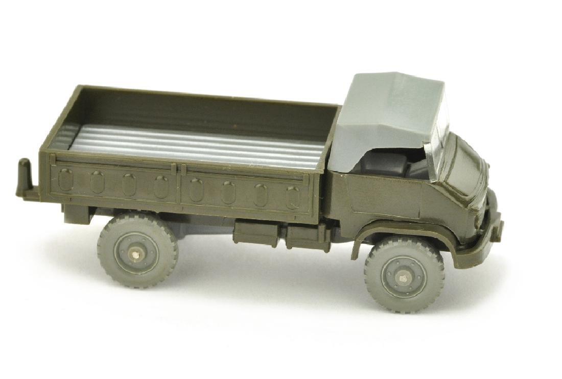 Unimog S Militaer, olivgruen (Version /2)