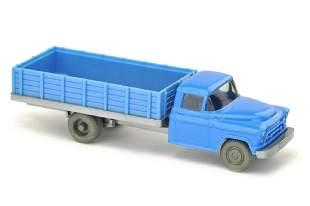 Chevrolet geschlossener Aufbau himmelblau