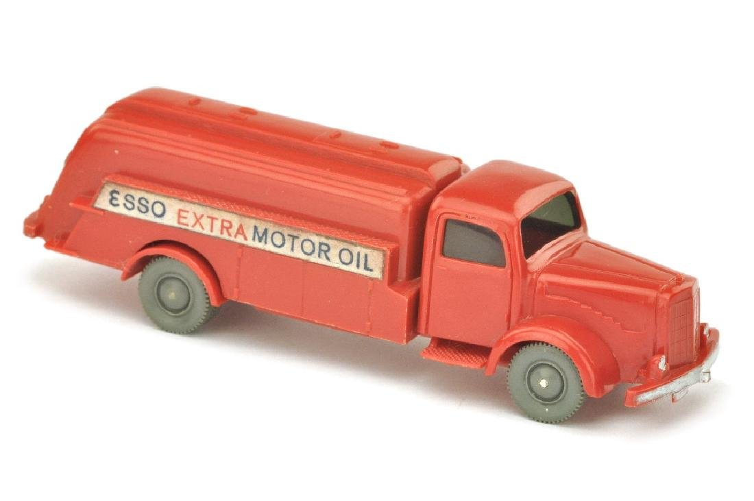 Esso-Tankwagen MB 5000, rot