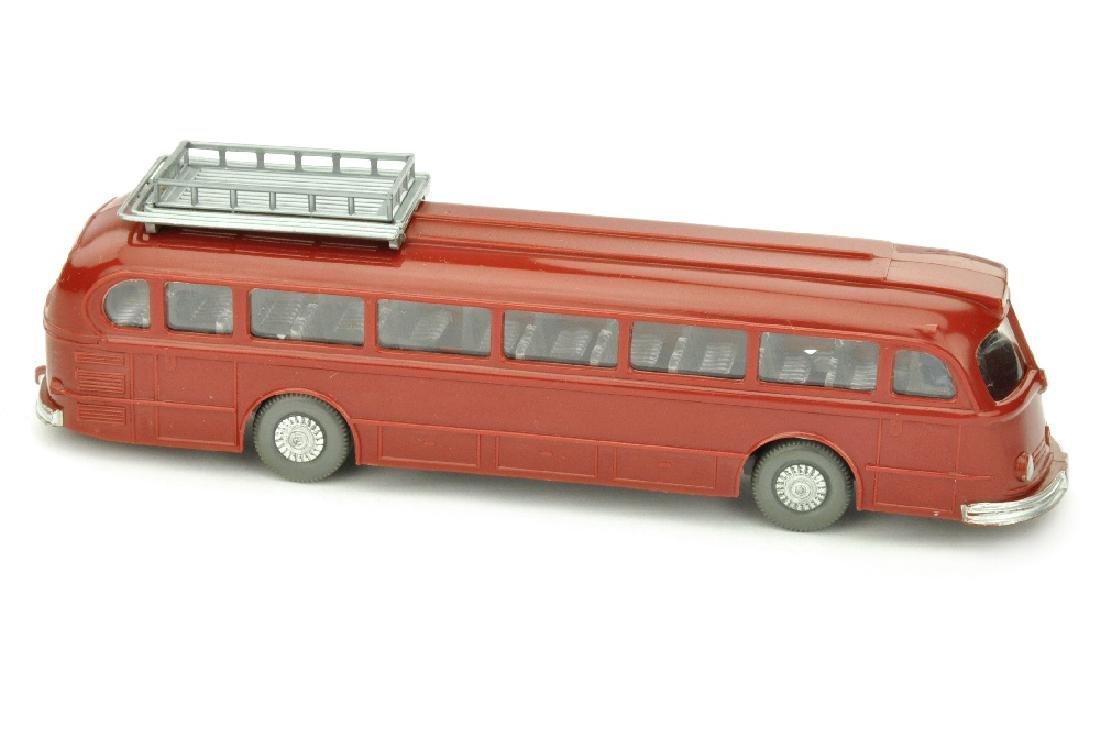 Omnibus Mercedes O 6600, weinrot