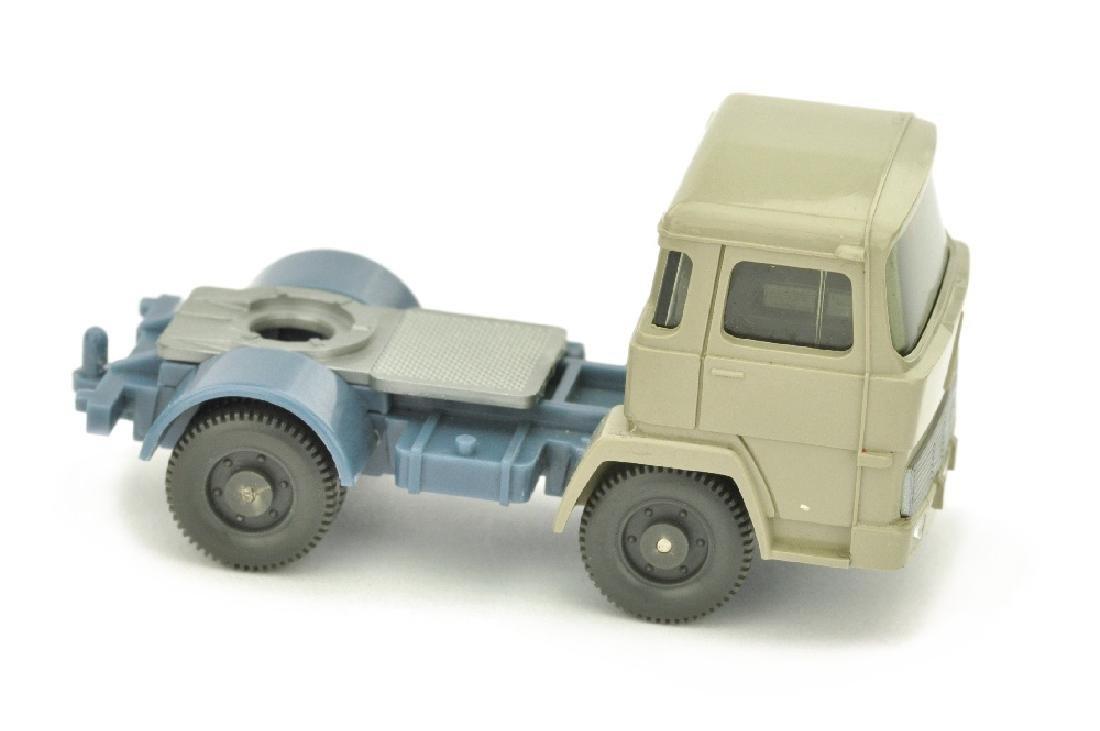 Zugmaschine Magirus 100 D7, olivgrau/m'graublau