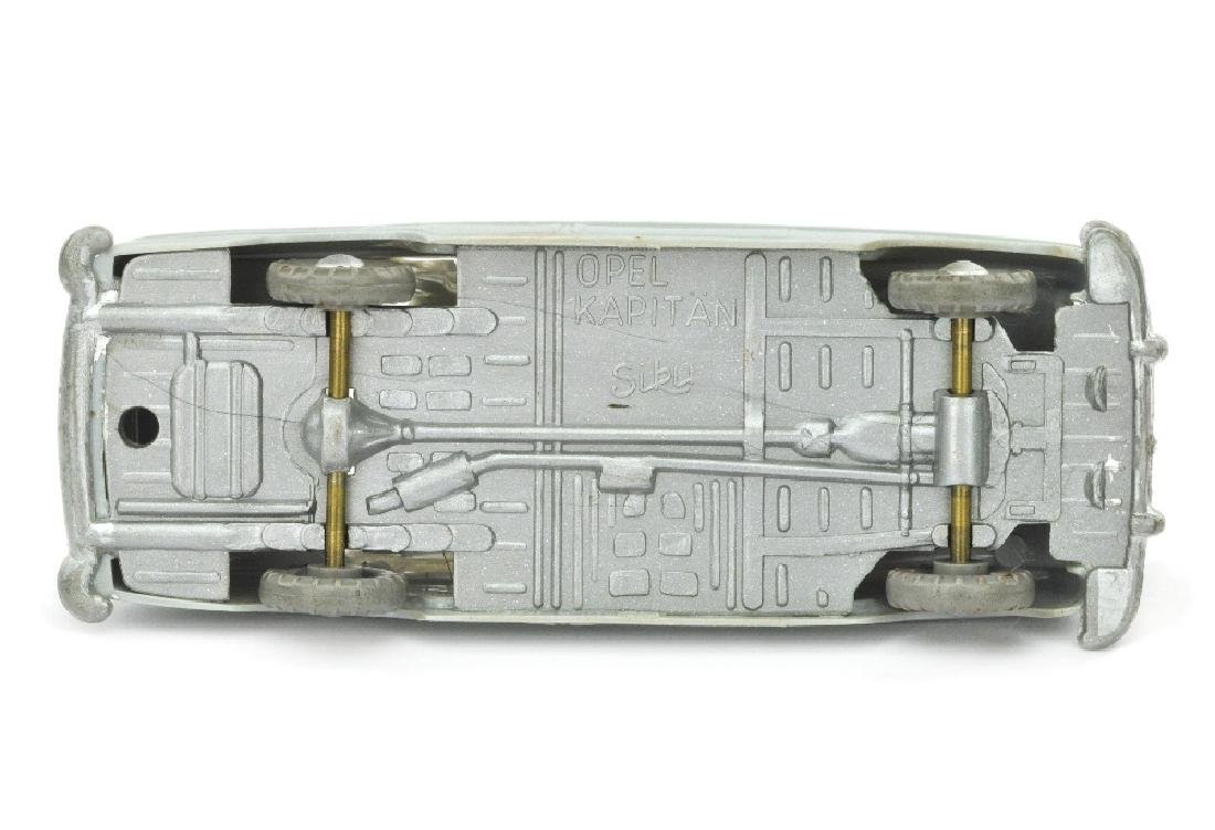SIKU - (V 8) Opel Kapitaen 1954, silbergrau - 2