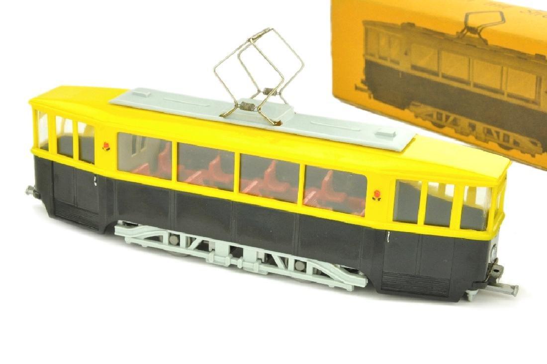 SIKU - (V 40) Strassenbahn, schwarz/gelb (im Ork)