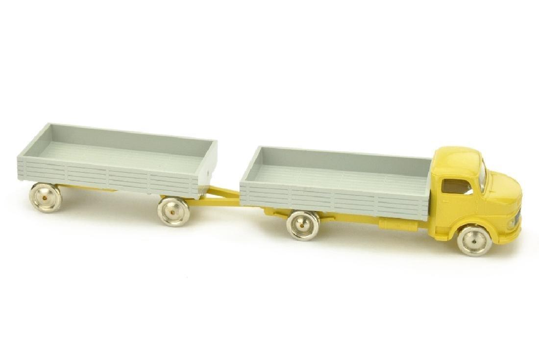 Lego - Pritschenzug MB 1413, ocker/grau