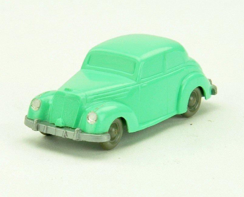 5004: Mercedes 220, leuchtgrün