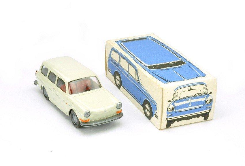 3506: VW 1500/1600 Variant (1:40), perlweiß (Ork)