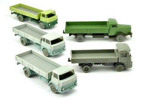 Konvolut 5 Pritschen-LKW der 60er Jahre
