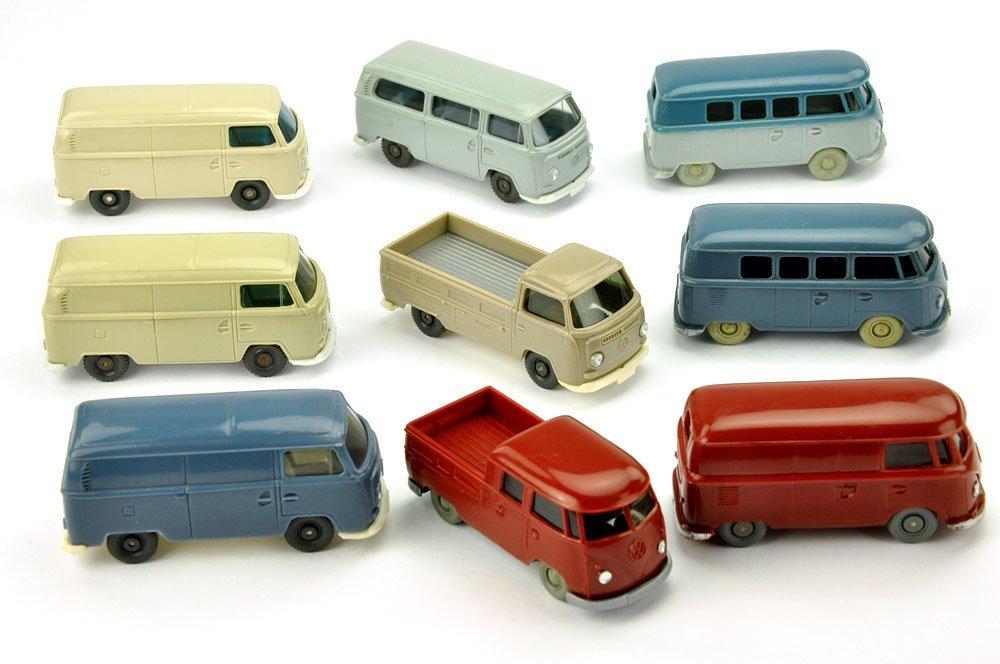 Konvolut 9 VW-Busse der 60er/70er Jahre