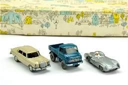 Konvolut 31 MercedesPKW der 60er Jahre