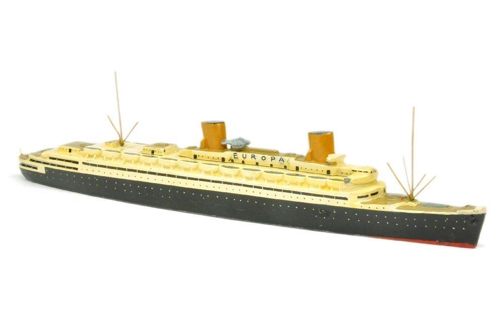 Passagierschiff Europa (mit Katapult)