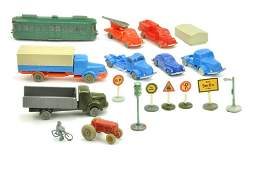 Konvolut 98 unverglaste Modelle