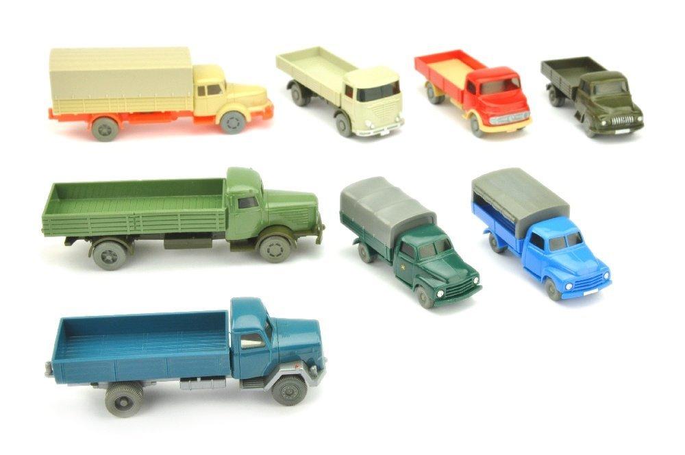Konvolut 8 Pritschen-LKW der 60er Jahre