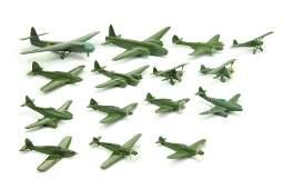 Konvolut 15 FlugzeugeRepliken Dr Grope