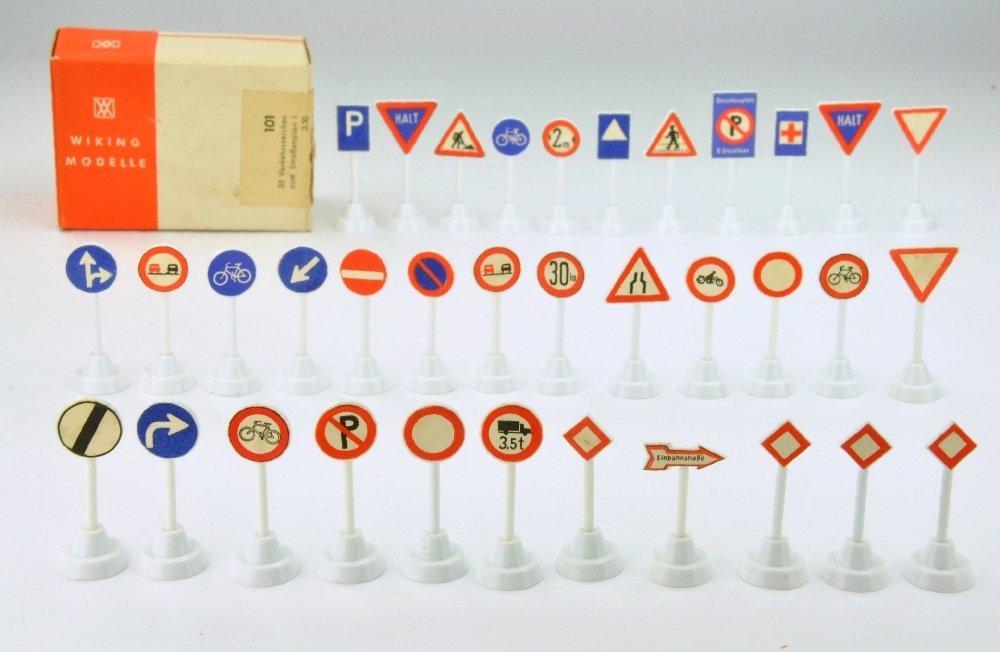 35 Verkehrszeichen zum Strassenplan I (im Ork) - 4