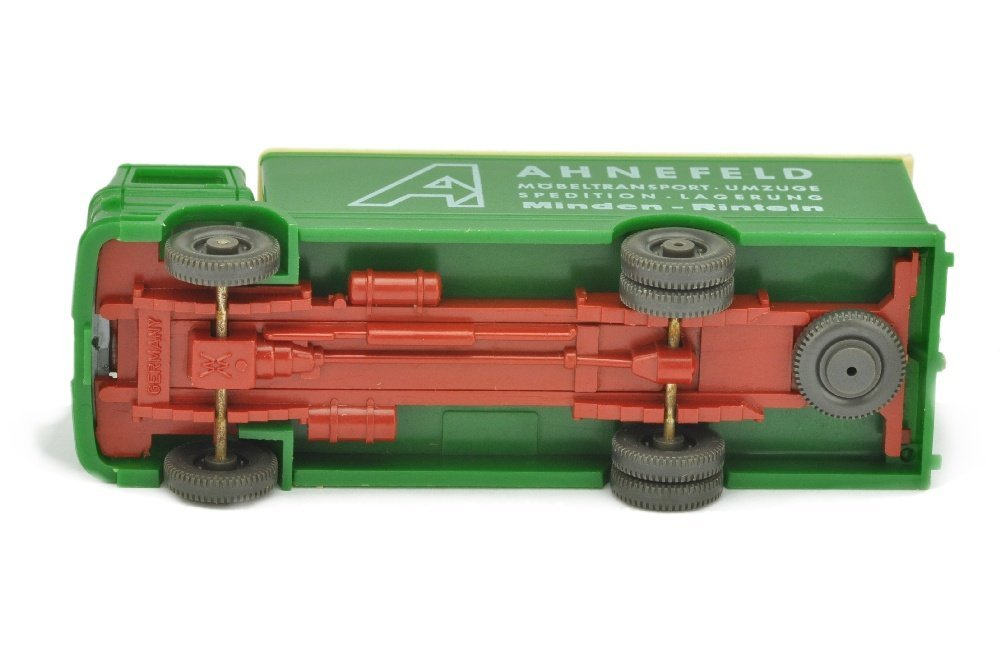 Ahnefeld/3 - Koffer-LKW MB 1317, h'-laubgruen - 3
