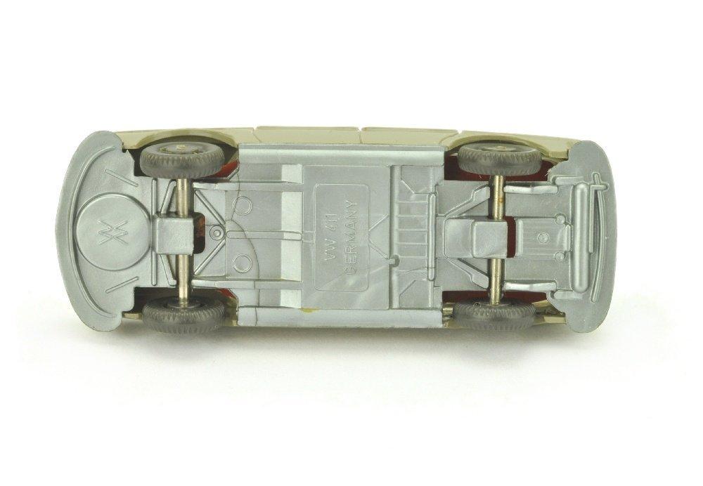 VW 411, olivgrau (Scheinwerfer einteilig) - 3