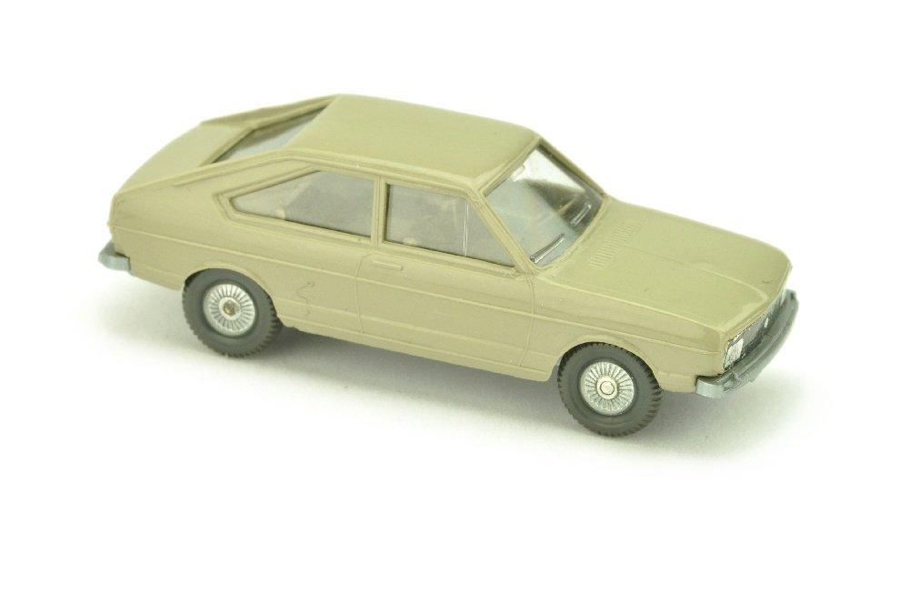 VW Passat, olivgrau