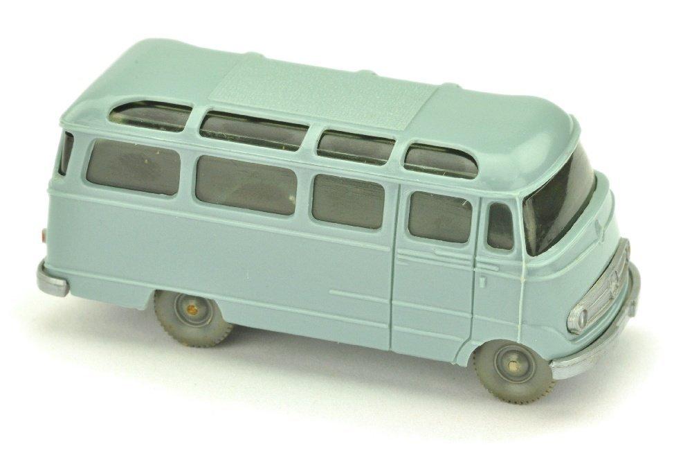 MB L 319 Bus, hellgraublau