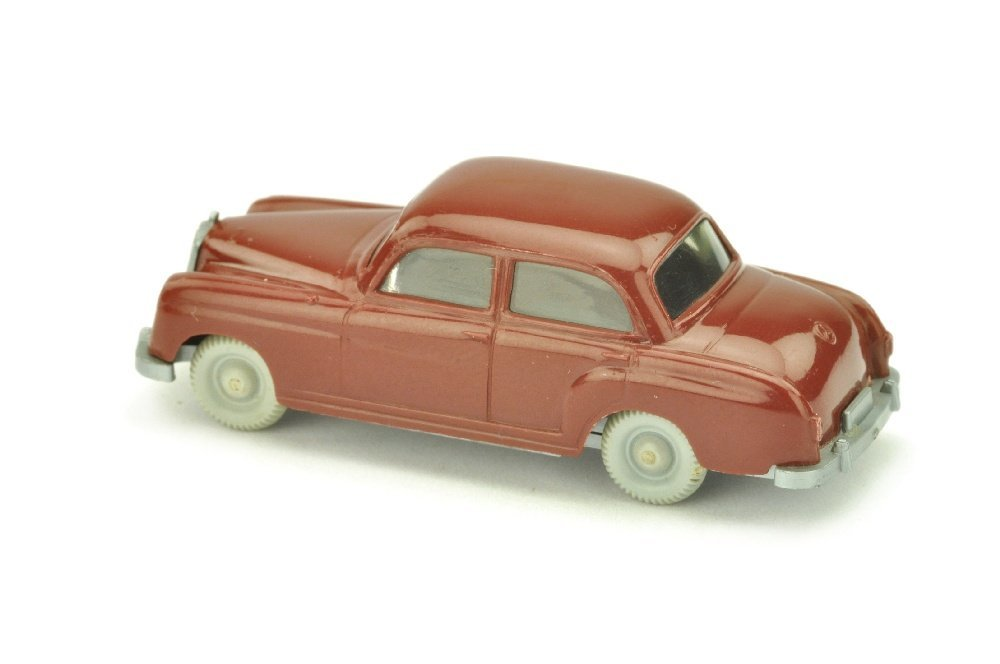 Mercedes 180, weinrot (Kuehlergrill schmal) - 2