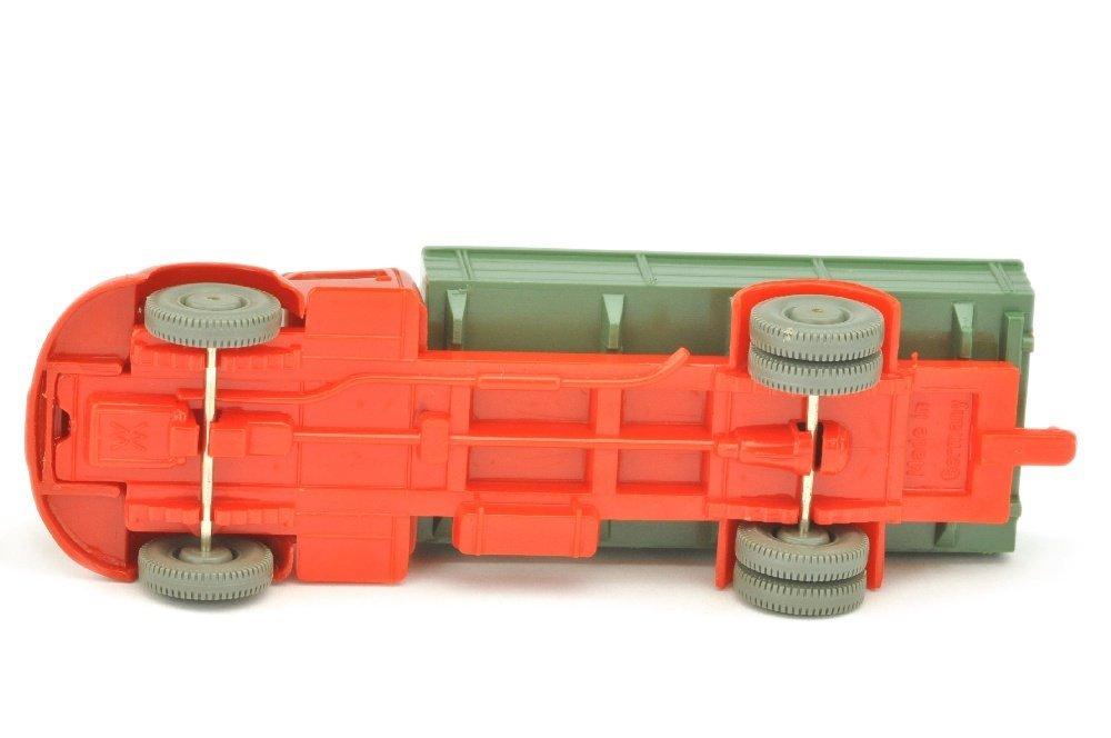 MB 3500 Pritsche, rot/dunkelresedagruen/orangerot - 3