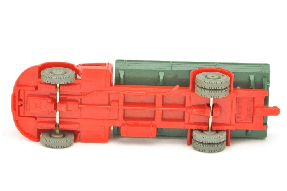 MB 3500 Pritsche, rot/graugruen/rot - 3