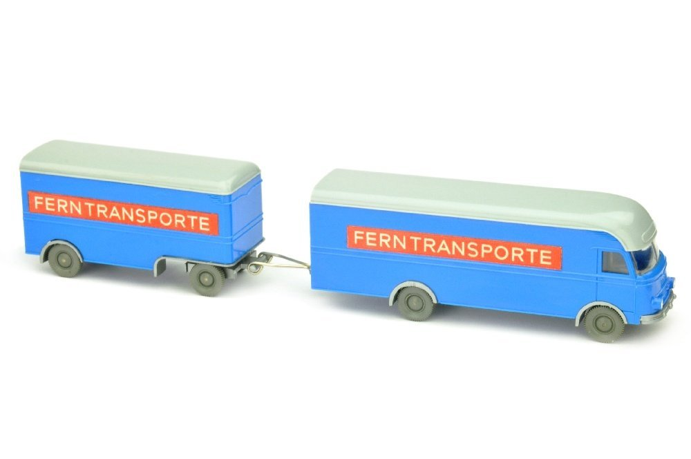 Moebelzug MB 312 Ferntransporte, himmelblau