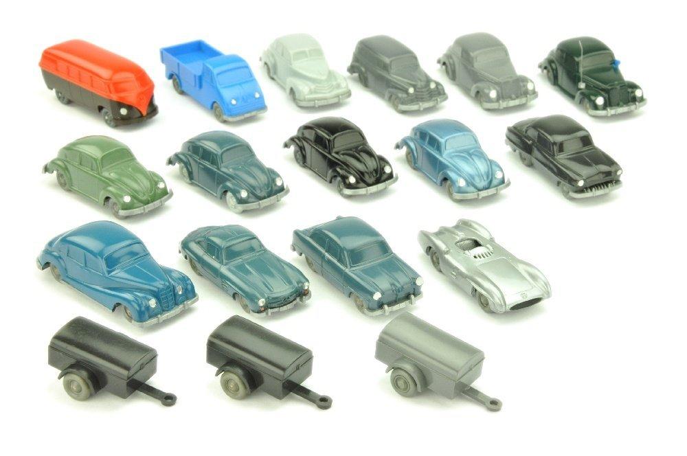 Konvolut 18 unverglaste Modelle