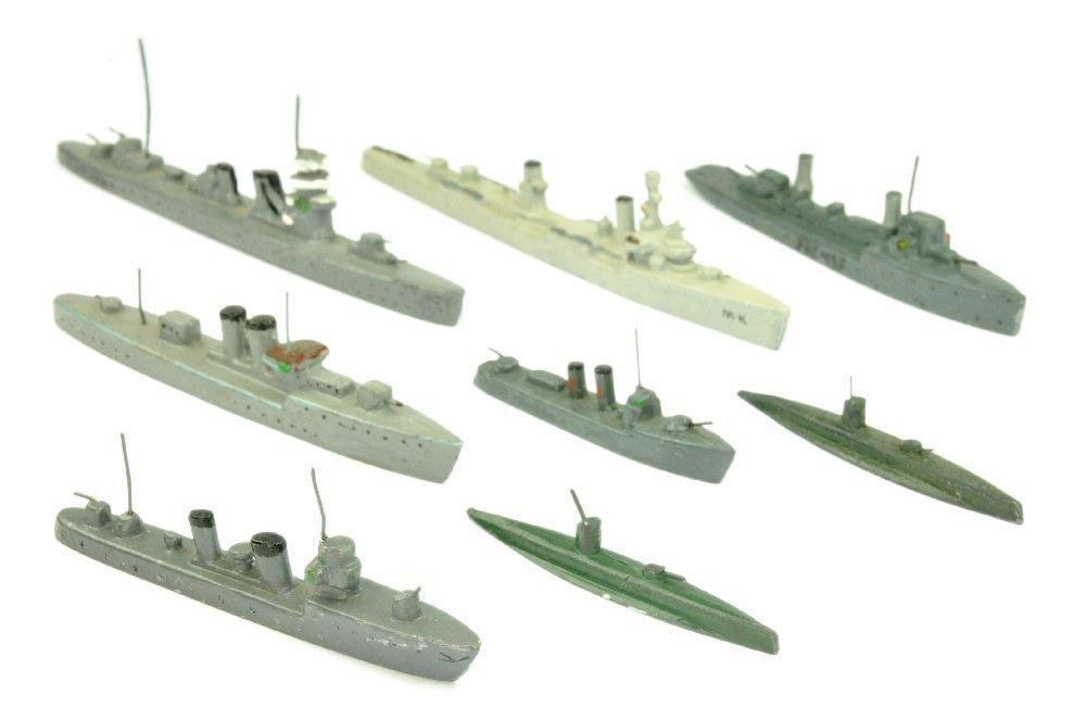PILOT - Konvolut 8 Kriegsschiffe