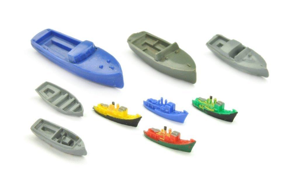 Konvolut 9 Kunststoff-Schiffe (Vorserien)