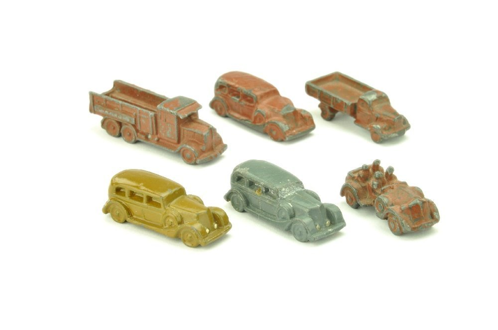Konvolut 6 Wehrmachtsmodelle