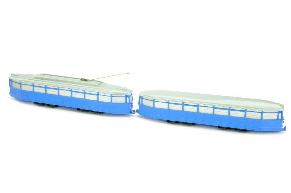 Strassenbahn-4-Achs-Zug, himmelblau - 2