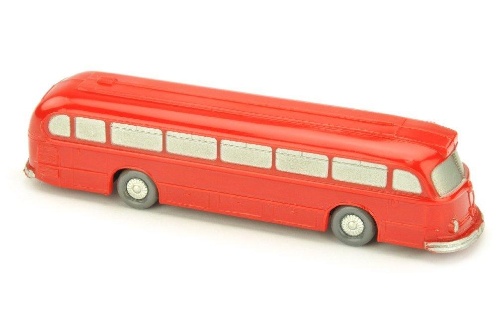 Omnibus Mercedes O 6600, rot
