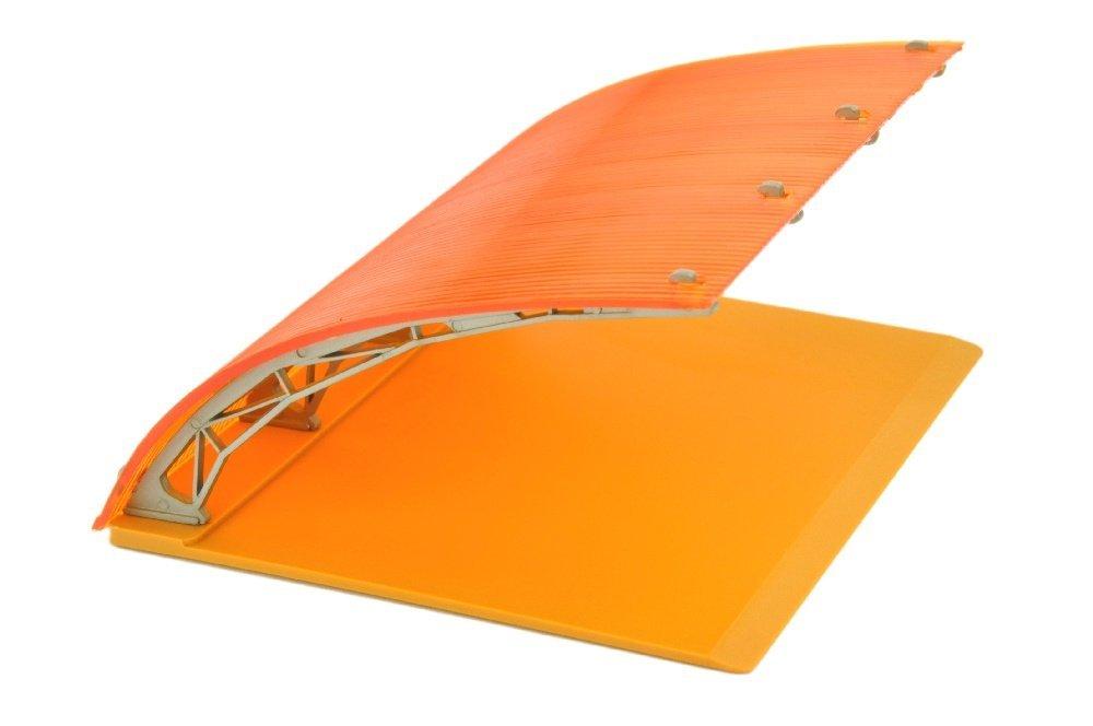 Parkhalle, dunkles orange/senfgelb