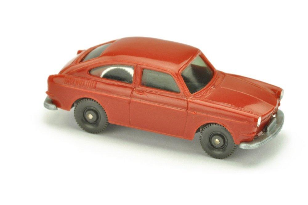 VW 1600 Fliessheck, weinrot
