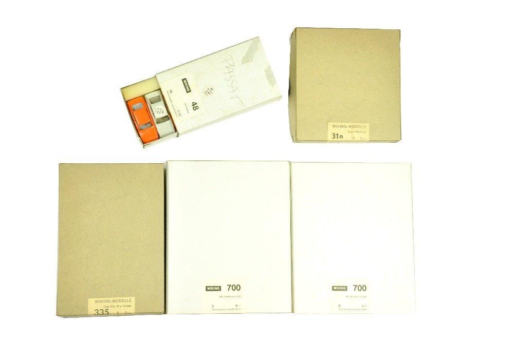 Konv. 3+2 komplette Haendlerkartons der 70er J.