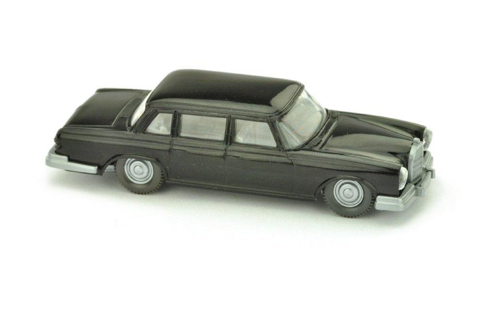 Mercedes 600, schwarz (Hutablage mit Rahmen)